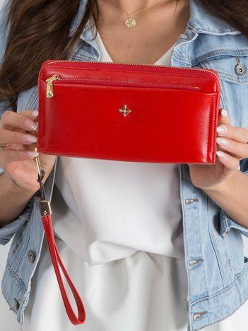 Czerwony duży portfel z ekoskóry