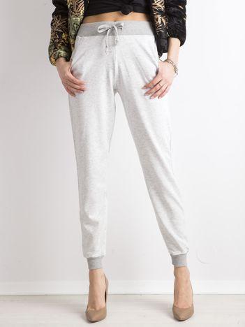 Damskie spodnie dresowe szare
