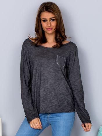 Dekatyzowana bluzka z kieszonką ciemnoszara