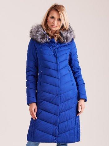 Długa kurtka zimowa z kapturem kobaltowa
