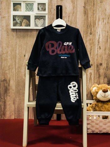 Dwuczęściowa bawełniana piżamka dla chłopca granatowa