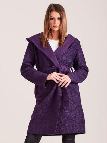 Dzianinowy płaszcz z wiązaniem fioletowy