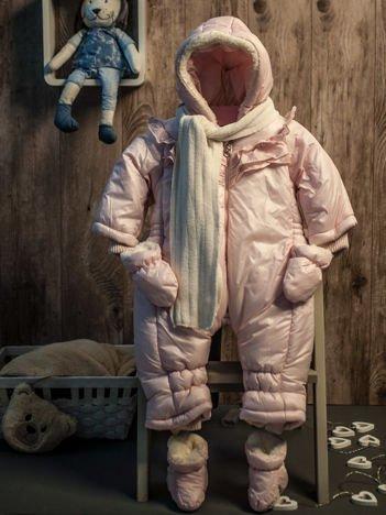 Dziewczęcy kombinezon zimowy jednoczęściowy na futerku różowy