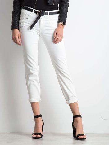Ecru spodnie jeansowe Souvenir