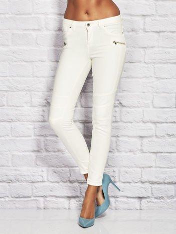 Ecru spodnie skinny z suwakami
