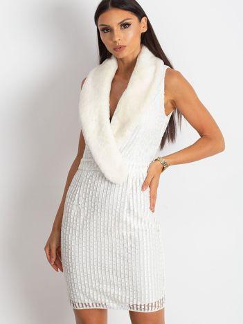 Ecru sukienka Boost