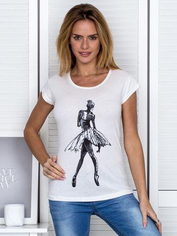 Ecru t-shirt z baletnicą