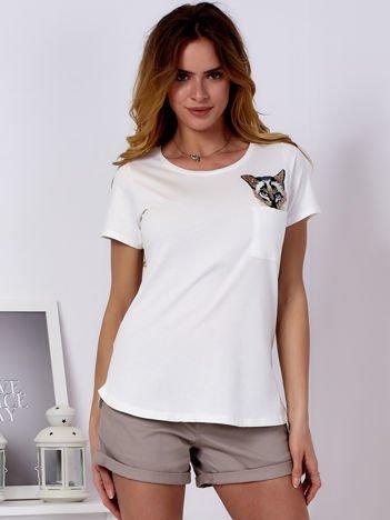 Ecru t-shirt z kotem