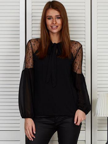 Elegancka bluzka z wiązanym chokerem czarna