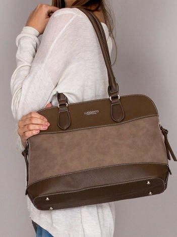 Elegancka trapezowa torebka z ozdobnymi suwakami brązowa
