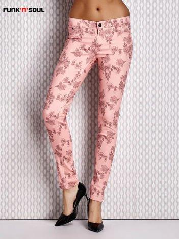 FUNK N SOUL Różowe spodnie o kroju slim wzór kwiatowy