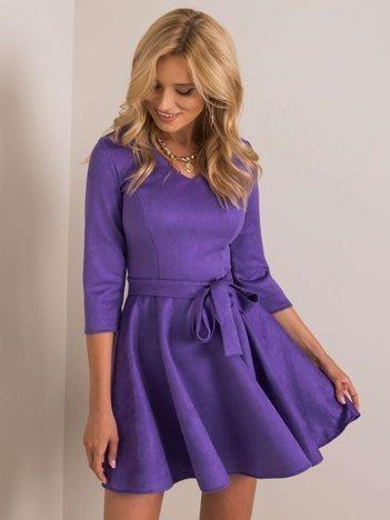Fioletowa sukienka zamszowa Carla