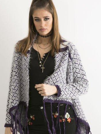 Fioletowy sweter z frędzlami