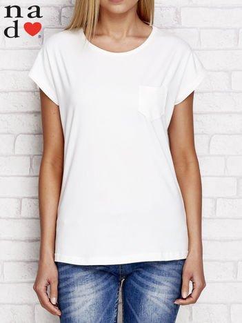 Gładki t-shirt z kieszonką ecru