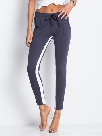 d602d24f Spodnie dresowe damskie, modne spodnie sportowe na fitness - eButik.pl