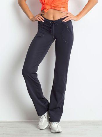 Grafitowe spodnie dresowe z wszytą kieszonką