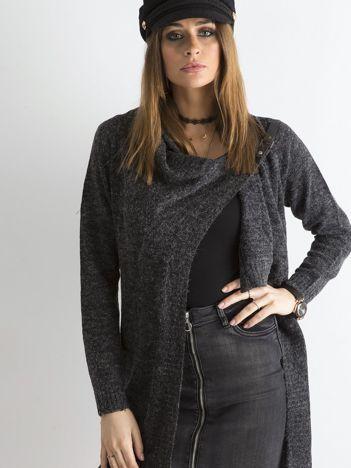 Grafitowy sweter z asymetrycznym zapięciem
