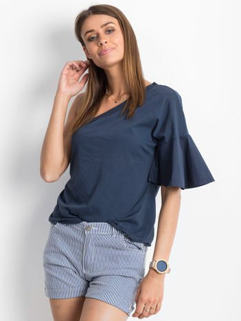 Granatowa bluzka na jedno ramię z szerokim rękawem