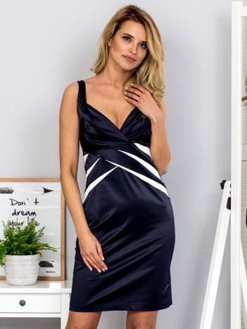 Granatowa dopasowana sukienka