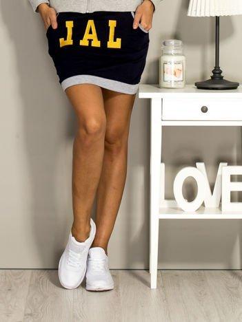 Granatowa dresowa spódnica