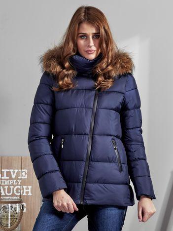 Granatowa kurtka zimowa damska z futerkiem