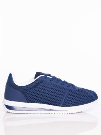 Granatowe ażurowe buty sportowe na sprężystej podeszwie