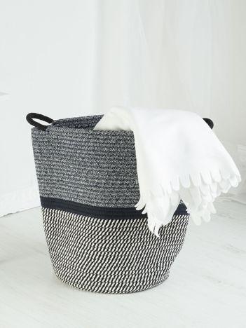 Granatowo-biały pleciony kosz