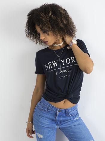 Granatowy damski t-shirt z napisami