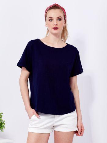 Granatowy t-shirt basic z podwijanymi rękawami