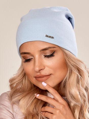 Jasnoniebieska czapka beanie