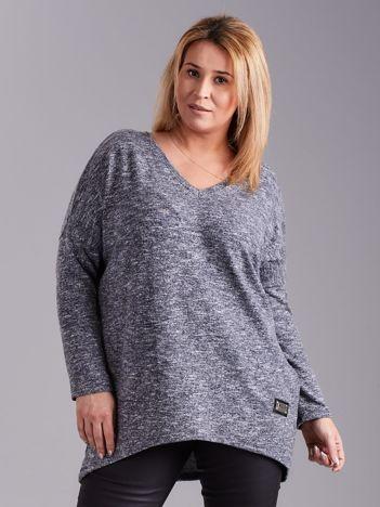Jasnoniebieski lekki sweter melanżowy V-neck PLUS SIZE