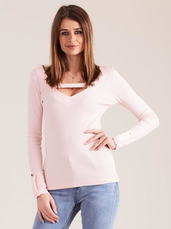 Jasnoróżowa dopasowana bluzka V-neck