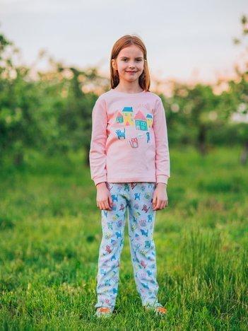 Jasnoróżowa piżama dla dziewczynki z nadrukiem