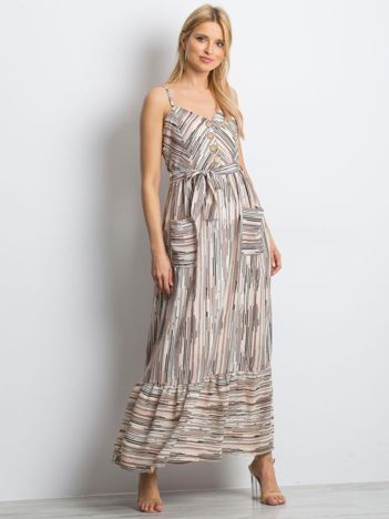 Jasnoróżowa sukienka City break