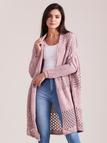 Jasnoróżowy długi ażurowy sweter