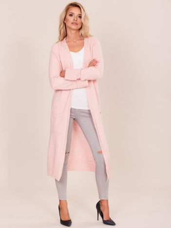 Jasnoróżowy długi sweter damski