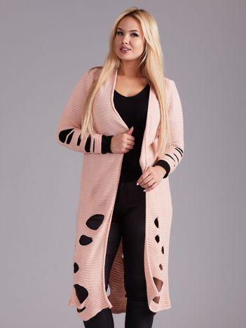 Jasnoróżowy długi sweter z dziurami PLUS SIZE