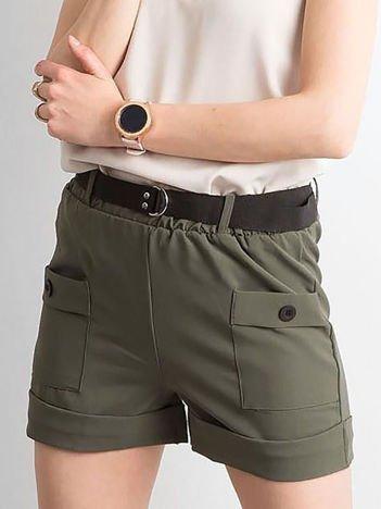 Khaki damskie szorty z kieszeniami