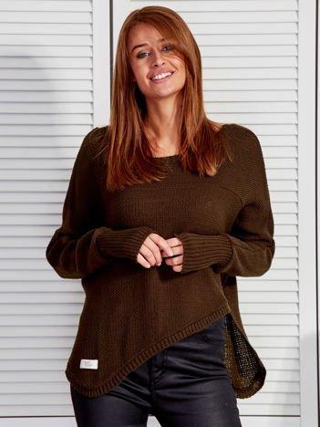 Khaki krótki asymetryczny sweter