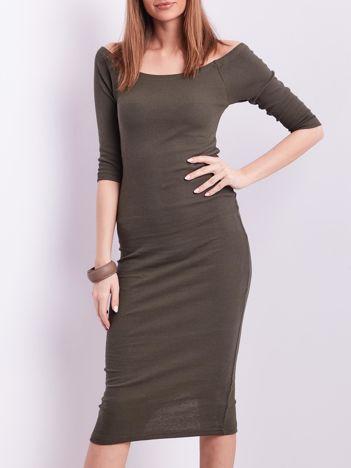Khaki prążkowana sukienka odsłaniająca ramiona