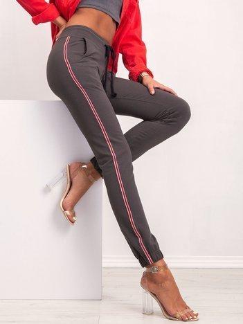 Khaki spodnie Mystery