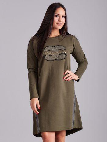 Khaki sukienka dresowa z dżetami