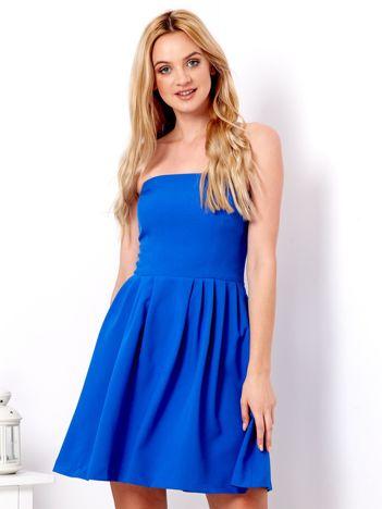 Kobaltowa gorsetowa sukienka z rozkloszowanym dołem