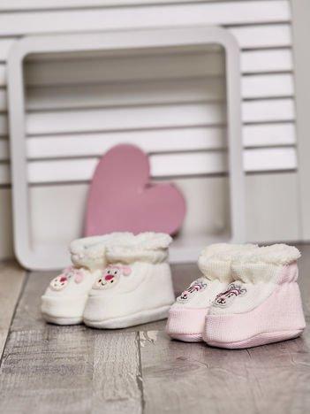 Komplet bucików dziecięcych z futerkiem ecru-jasnoróżowy