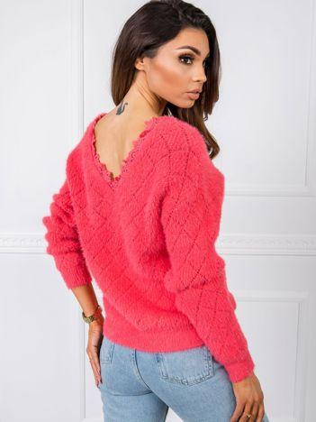 Koralowy sweter Marika