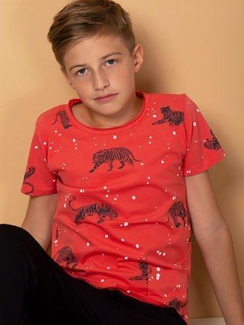Koralowy t-shirt dla chłopca w tygrysy