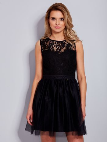 Koronkowa sukienka czarna z tiulowym dołem