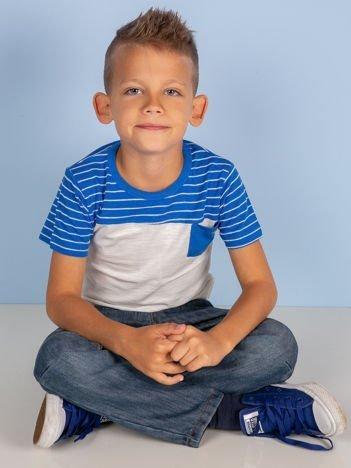 Kremowo-niebieski t-shirt chłopięcy w paski