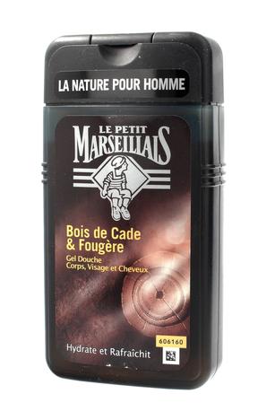 Le Petit Marseillais Żel pod prysznic 3w1 dla mężczyzn Drzewo Cade 250 ml