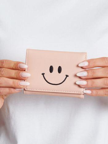Mały różowy portfel